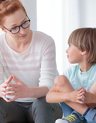 Frenar el ciberbullying: el papel de los padres en la educación