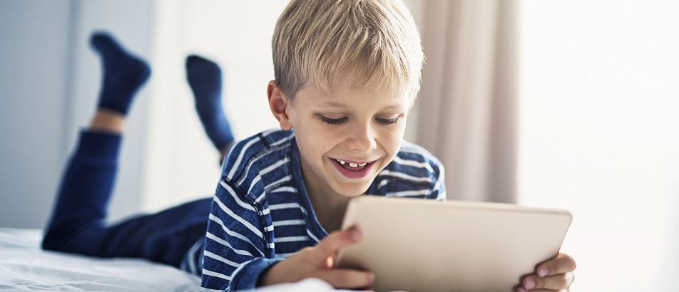 ¿Cómo educar a tus hijos en una sociedad hiperconectada?